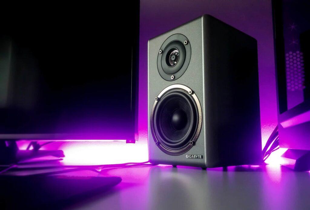 speaker distortion at high volume